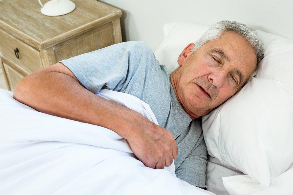 Открытки, картинки старый дед спит