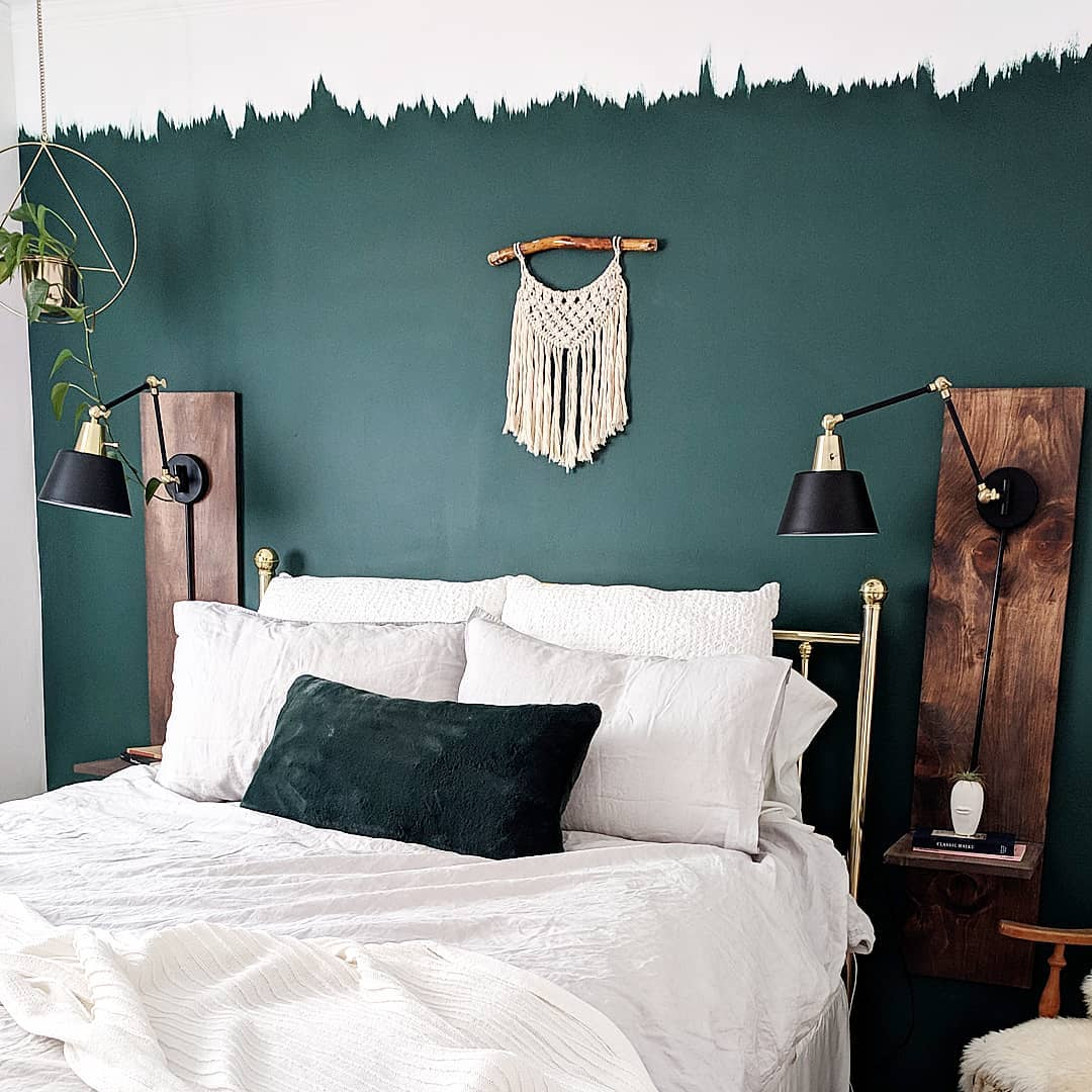 Cil Paints On Twitter This Amazing And Amazingly Easy Bedroom Feature Wall Was Created By Using Cil Paint In Dark Forest Green Watch The Vid On How To Do This Simply And