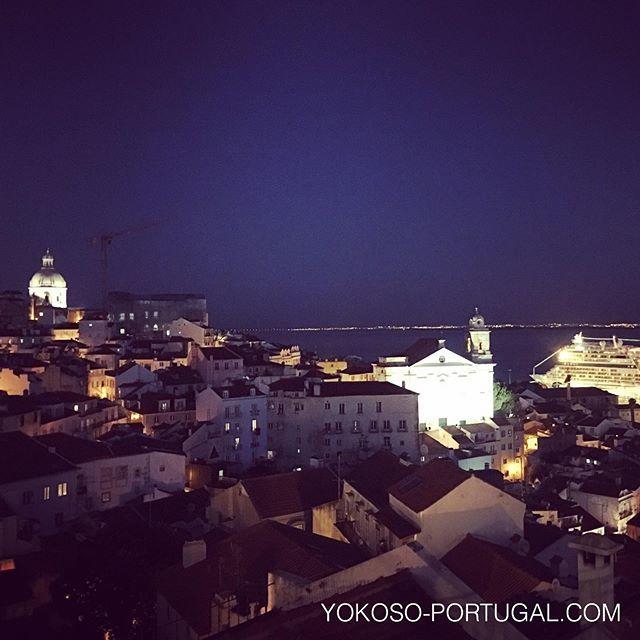 test ツイッターメディア - ロマンチックな夜のアルファマ地区。 #リスボン #ポルトガル https://t.co/n0ZrchGtOg