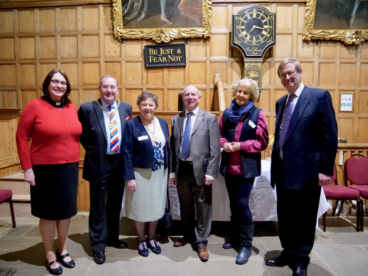 RT @AngelsGFD We were honoured to be invited to a Civic Reception @ Guildhall to welcome Noelle Coe as our new Town Chaplain. Honoured guests included HM Lord-Lt. of Surrey, Michael More-Molyneux @LoseleyPark , @Mayor_Guildford Mike Parsons + patron Lady Elizabeth Toulson, Thanks @GuildfordBC