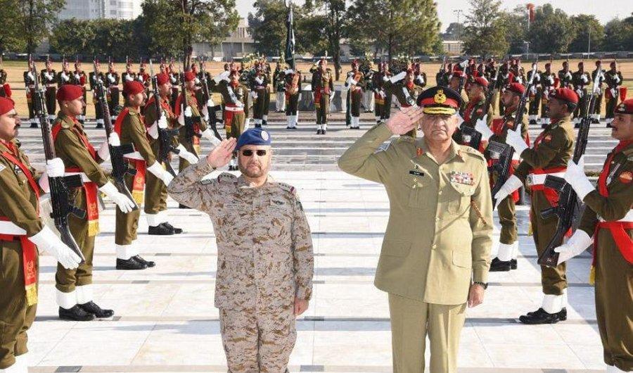 #Saudi, #Pakistani military chiefs discuss defense ties https://t.co/q7vVtJ2L9u