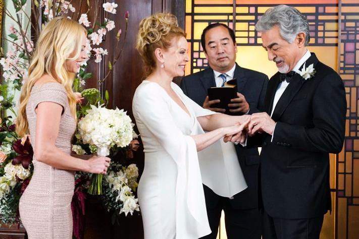 Kirsten Vangsness Wedding Photos.Tvline Com On Twitter Criminalminds Is Heading For A Season