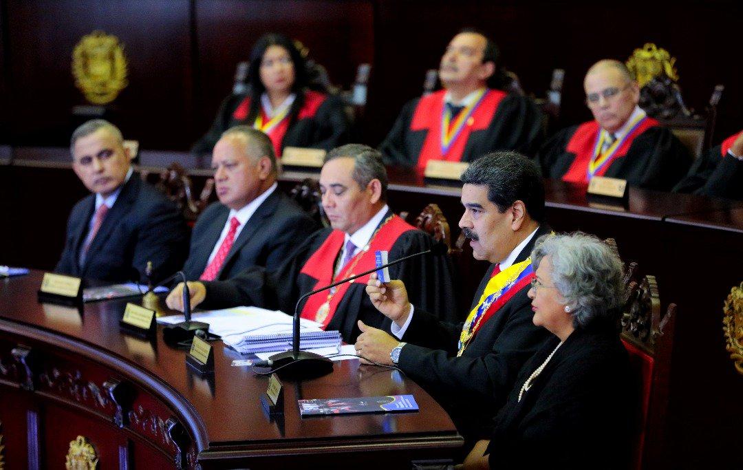 Respaldamos la propuesta de los gobiernos de México y Uruguay, de crear una iniciativa internacional de diálogo entre las fuerzas políticas en Venezuela, para buscar un acuerdo en el marco de nuestra Constitución, que garantice estabilidad y paz a todas y todos los venezolanos.