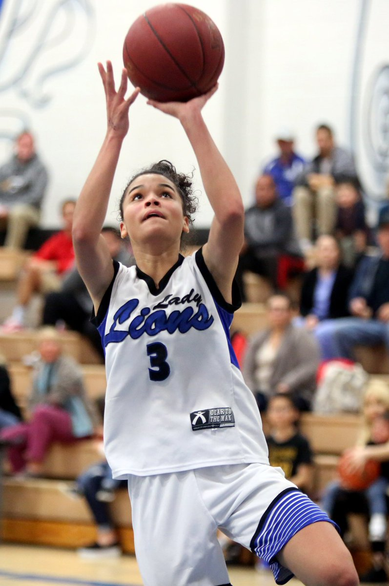 👀👀 Yucca Valley couldn't survive Hurricane Nina. With Cathedral City trailing at the half, Nina Wallace went off for 20 points in the third quarter and 35 for the game. Wow! That's another DVL title for the Lions. Story, photos, here: https://bit.ly/2sJe4mt @CCLionsSports