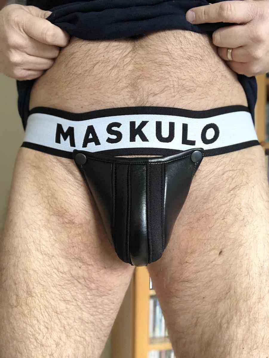 #jockstrapfriday cums round again. Loving my new @maskulocom jock from  @EdgeAndFirepic.twitter.com/9VL2ANJzKH