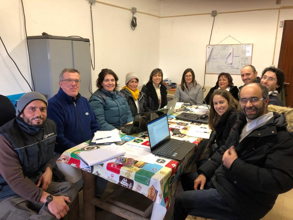 Two technical visits took place on 22 January, with the participation of researchers from CIIMAR, Hidromod, IPMA, A2O, RiaSearch and Sparos, as partners of PPS2 of the ValorMar. The coordinator of the project, Luísa Valente, and the researcher, Irene Martins, were present!