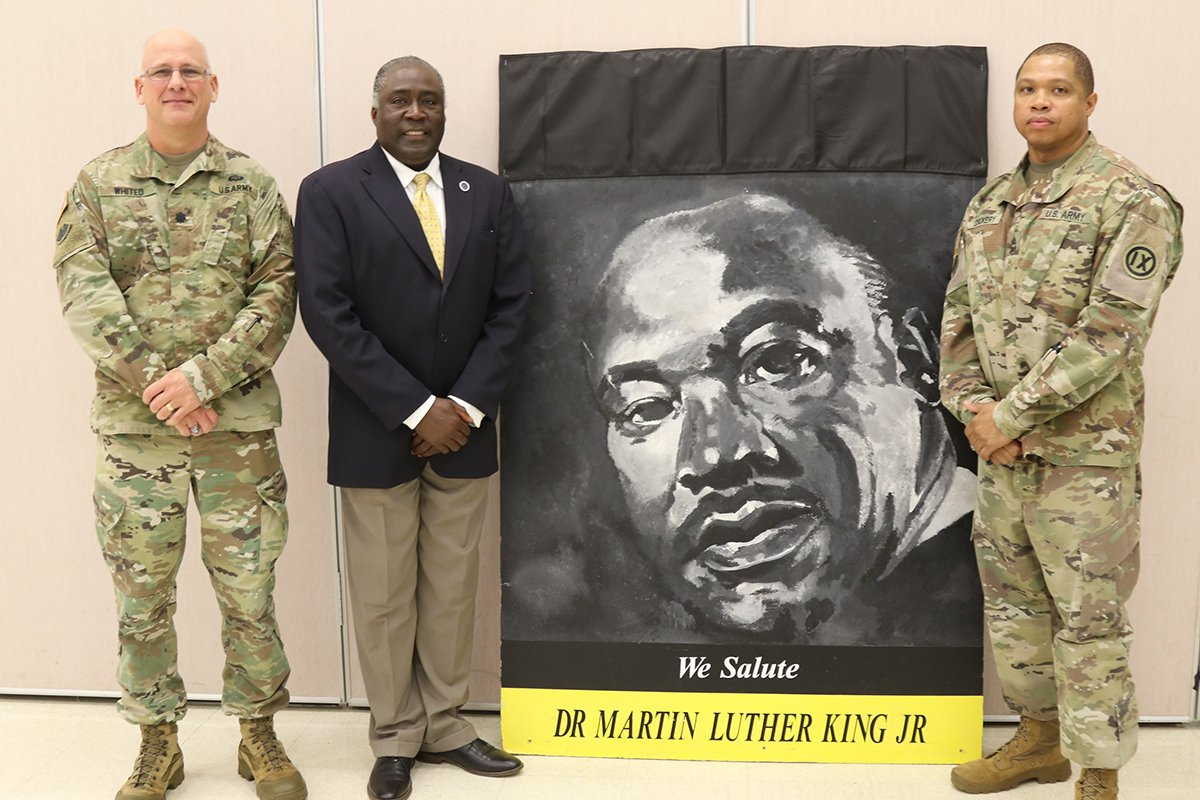#USArmyReserve's @9thMSC celebrated #MLKDay by commemorating his life & legacy: https://t.co/2Y3yJLWDLf