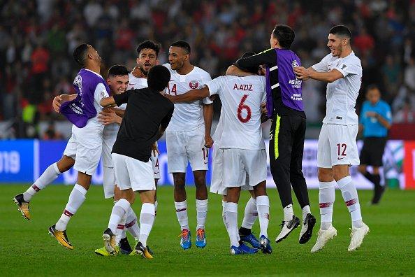 تأهل تاريخي لمنتخب قطر إلى نصف نهائي كأس آسيا 26