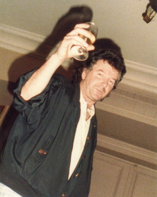 Happy #BurnsNight2019  when I always raise a dram to my writing mentor and much missed friend, Ranald Graham who wrote #TheProfessionals #TheSweeney #DempseyAndMakepeace and cult classic horror #Shanks which was the last film William Castle produced. Slàinte mhath, my friend<br>http://pic.twitter.com/Y07GKYciv5