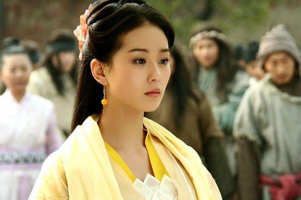 Cecilia Liu 刘诗诗on Twitter Heavenly Sword And Dragon Sabre 倚天屠龙记 2009 As The Yellow Robe Lady