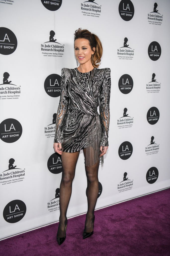 3563f81d5d3 kate beckinsale opted for a sparkling julien macdonald number for the la  art show opening gala