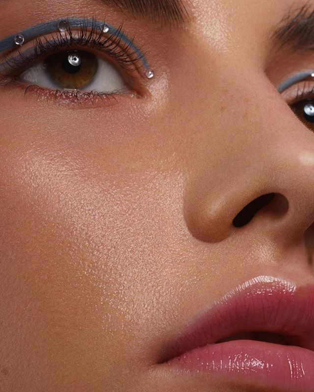 Another one of stunning @tscheki / @eastwestmodels in our latest #beautyeditoral for @solstice_mag   Visa by talanted @beauty_fashion_mua_daniela and amazing retouch by @maeva_retouch_service  #beautymark #inbeautymag #viseart #closeup #highendretouch #macrobeauty #retouchi…pic.twitter.com/mJG4Uof9Kh