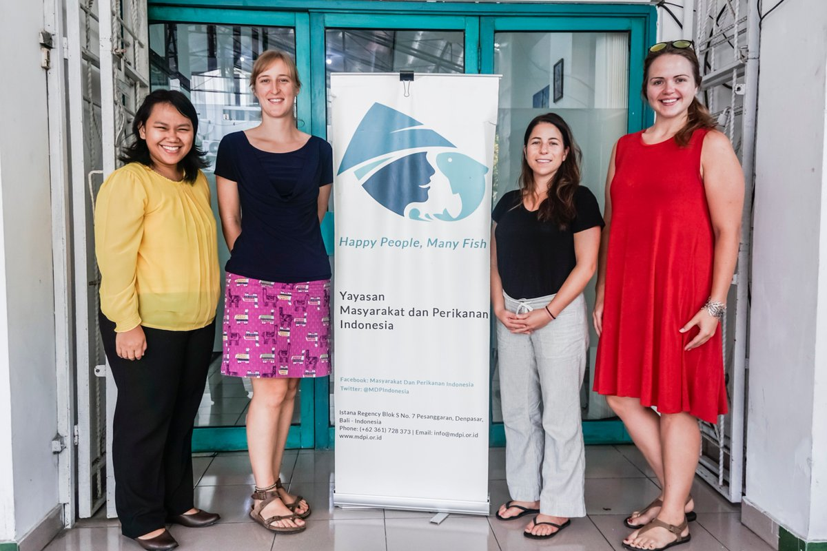 Retrace Staff Erin Taylor and Alanna Gisondo's travels through Indonesia where they learned about traceability-based technologies being implemented in tuna supply chains. Thanks to @MDPIndonesia for hosting! https://fishwise.org/round-the-world-in-26-days-indonesia/…