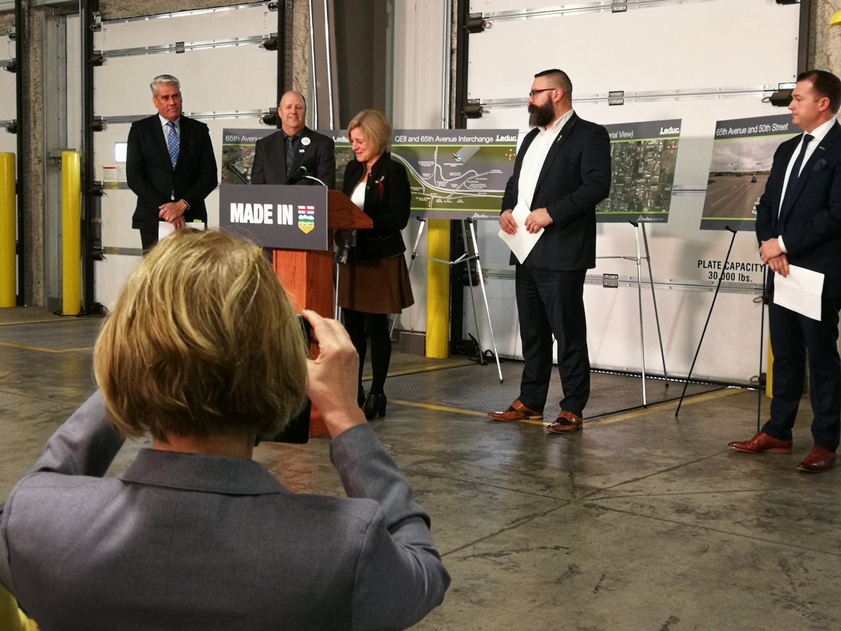 Exciting announcement at EIA this am. Great for the region. @RachelNotley @T4XBeaumont @sandersonNDP @MayorBobY_Leduc @T4XMayorStewart