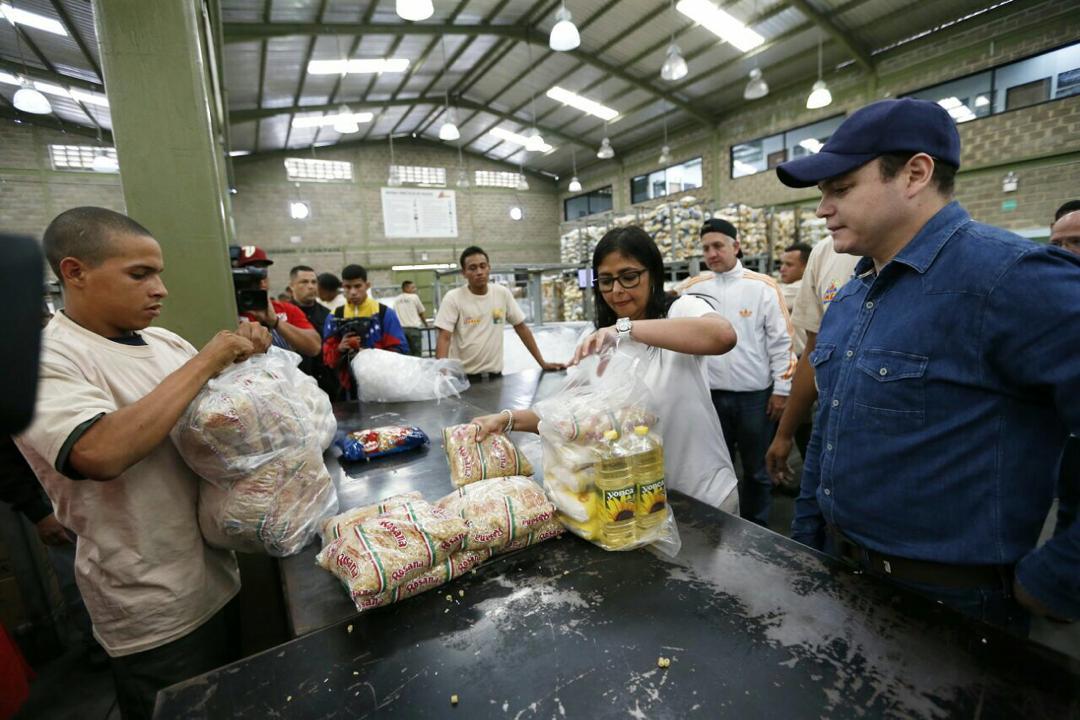 Maduro: Si algo me pasa, ¡retomen el poder y hagan una revolución más radical! - Página 7 Dy-8pPjWkAAz4BU
