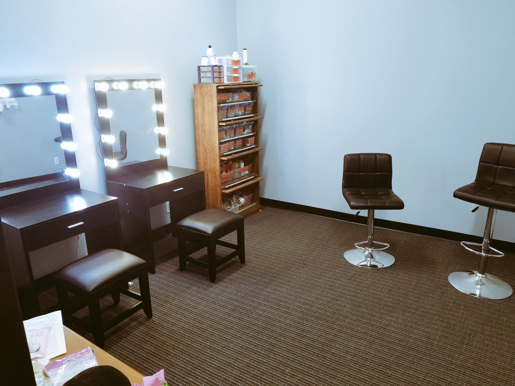 "Channel Awesome on Twitter: ""Our makeup room is coming along"