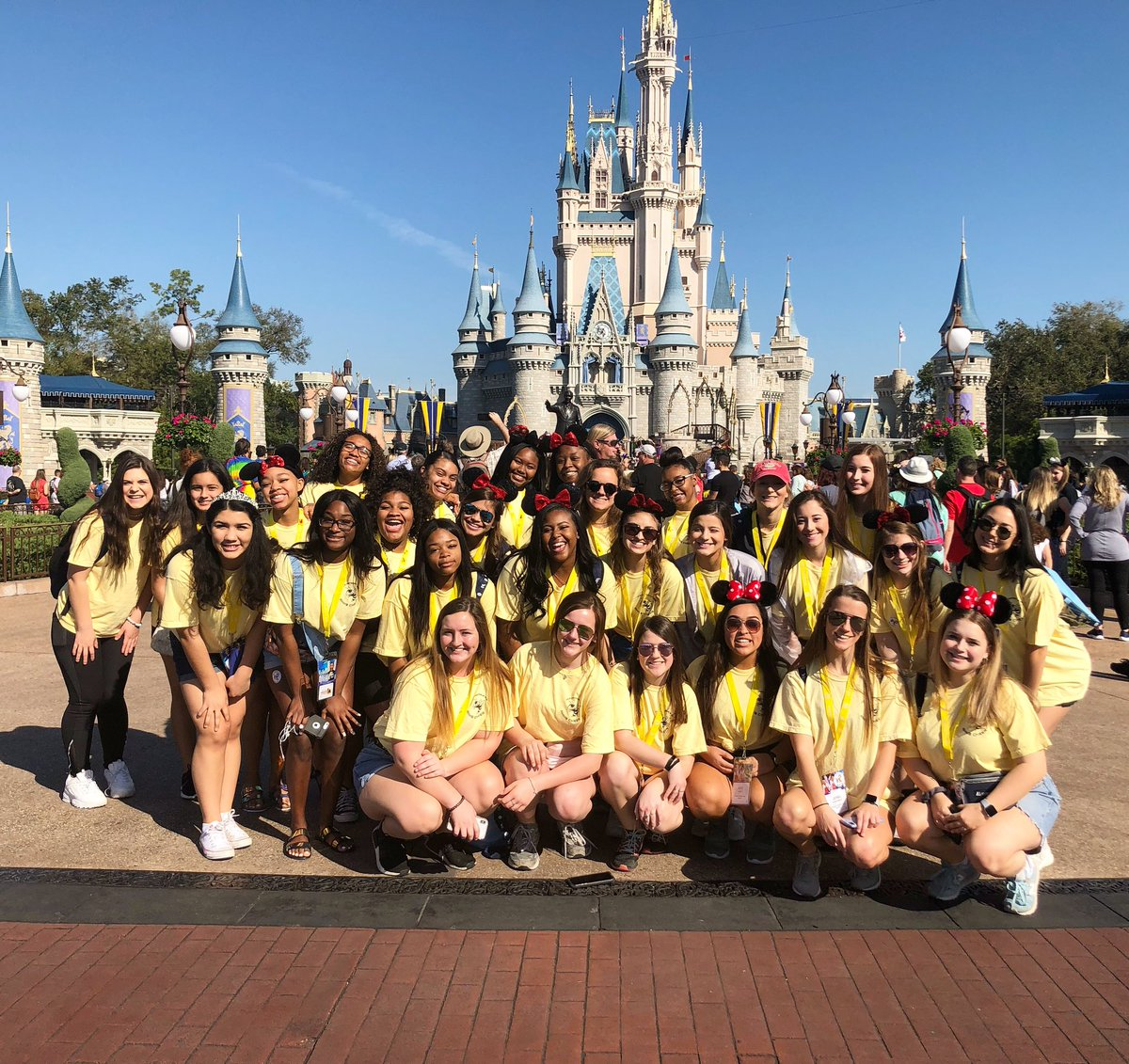 We have made it !!!!! Most magical place on 🌎🌎🌎 ! #disney2019 #magic