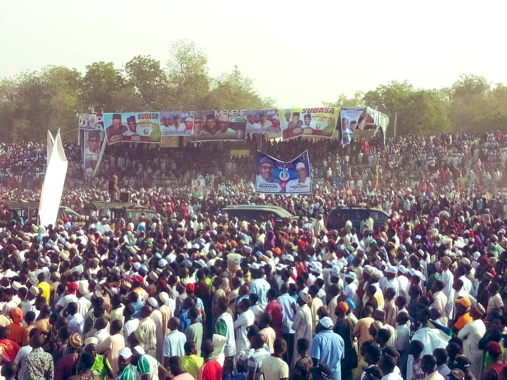 Dy01w2wWsAAL8za - What Do You Think Of This Crowd At Buhari's Rally In Adamawa, Atiku's State??? – A Sign Of Victory Or Defeat In Atiku's State???