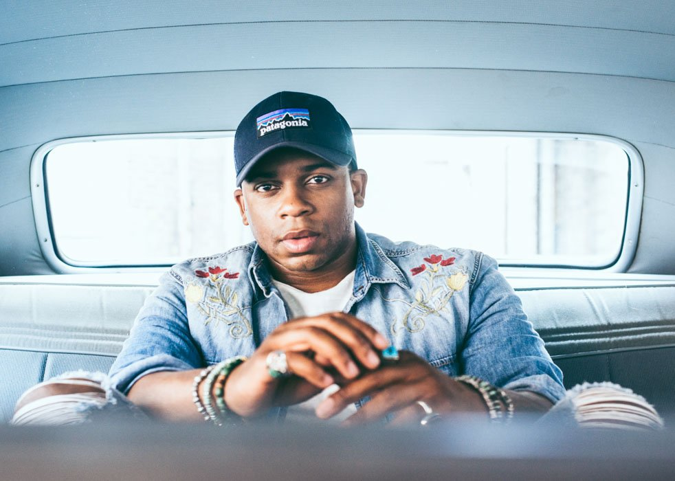 Nashville based country artist @JimmieAllen is taking over the #WolfDen for a FREE performance on 2/10! http://bit.ly/2B0U3w0