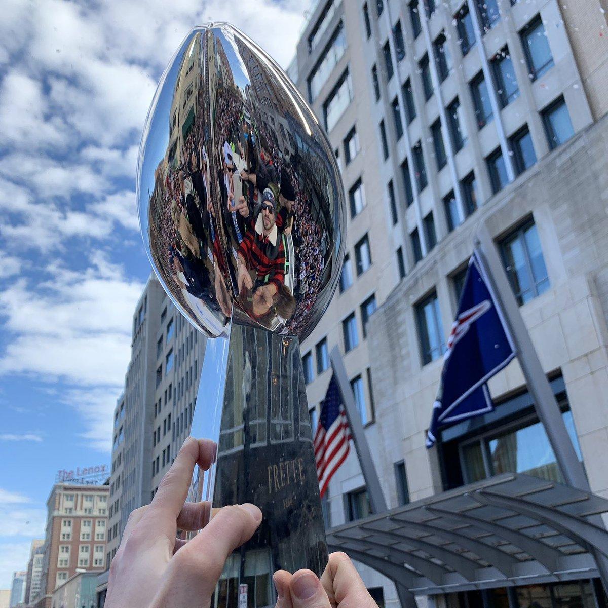 New England Patriots Campeones del Super Bowl LIII.Recibimiento en Boston,Massachusetts.#NewEnglandPatriots #SBLIII #boston #Massachusetts #NFL #fansnfl #fanscolombia .pic.twitter.com/EjtOM9KIhF