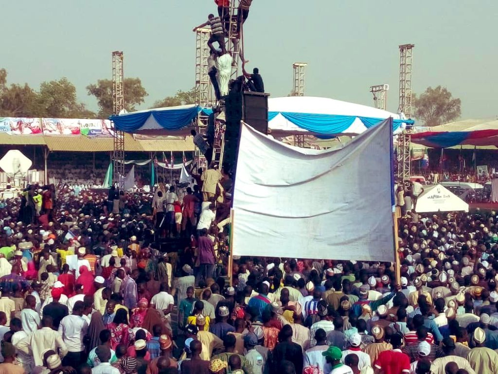 Dy0srR1WkAIwI66 - What Do You Think Of This Crowd At Buhari's Rally In Adamawa, Atiku's State??? – A Sign Of Victory Or Defeat In Atiku's State???