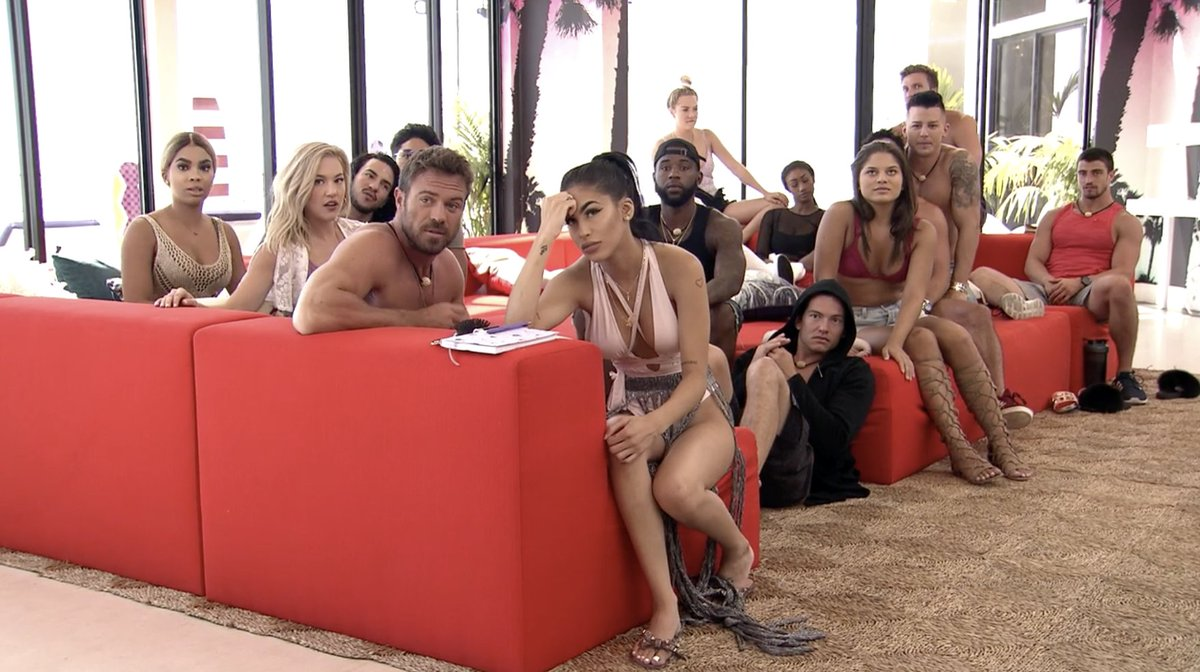 My friends watching me make an awful decision...   #ExOnTheBeach starts right now!