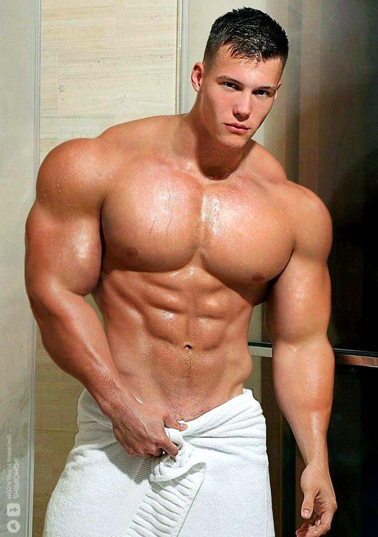 Muscular Hot Guys