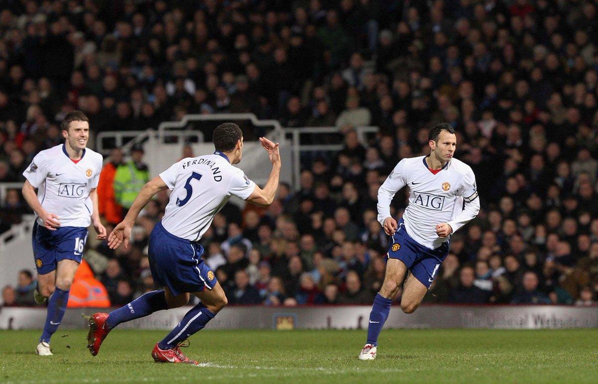Hari ini pada 2009, gol Ryan Giggs membawa #MUFC mengalahkan West Ham 1-0.