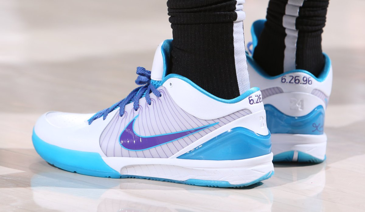"the best attitude 2d624 23f9f demarderozan debuts the ""Draft Day"" Nike Zoom Kobe 4 Protro. 📸"