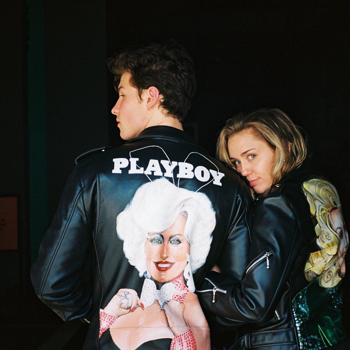 .. @MileyCyrus @DollyParton