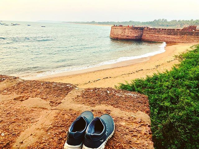 "test Twitter Media - ""Just do it - Nike"" Shit! It seems too fit for a @nike ad! Had a really great walk in the beach and over the #AugadaFort at #Goa #India with my best buddies @mr_aslammultani & @rahul286!#nike #fort #beach #goodmorning #beachwalk #evening #arabianSea #r… https://t.co/VFswBkNATg https://t.co/zg4ZBl7KvW"