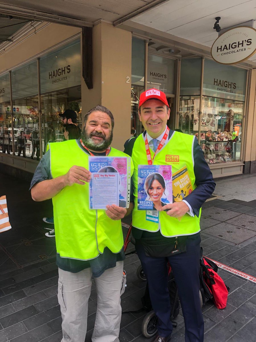 Great to join Vernon today in @rundlemall selling copies of @thebigissue as part of #VendorWeek. The publication does a fantastic job supporting people who are homeless and helps disadvantaged people positively change their lives.