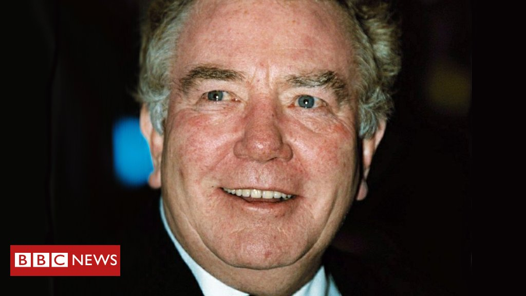 Obituary: Albert Finney, the actor who transformed British theatre & cinema and became a Hollywood star https://bbc.in/2E1FxpX