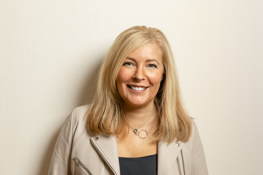 Congratulations to Lynne Kennedy Founder of @bws_sco who collected her #MBE this week! Find out more about Lynne in our recent interview: http://bit.ly/2pUWXfP #WomeninBusiness