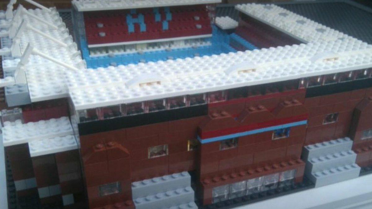 @AVFCOfficial take on the Blades at Villa Park this evening ⚽️⚽️🏟👊🏼 #avfc #utv