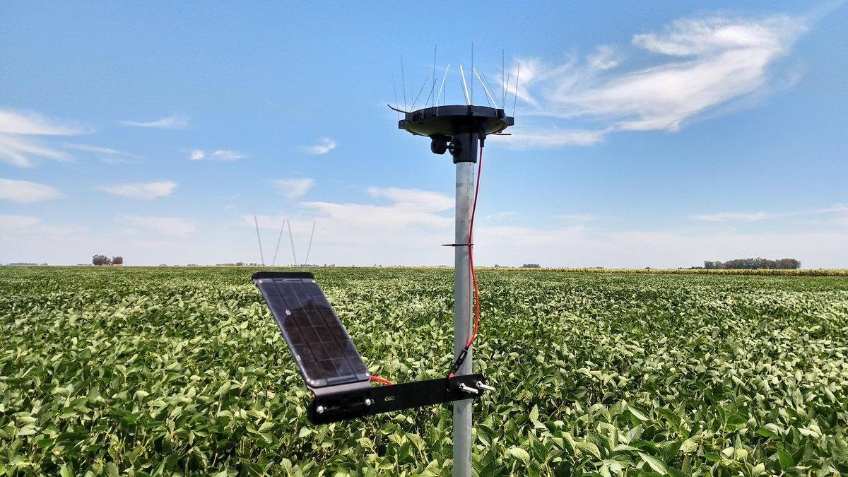 """Lucas Andreoni on Twitter: """"Instalación de sensores remotos a campo  @ArableLabs, utilizamos lo último en tecnología, para poder tomar las  mejores decisiones en busca de una agricultura más sustentable. Gracias por  confiar"""