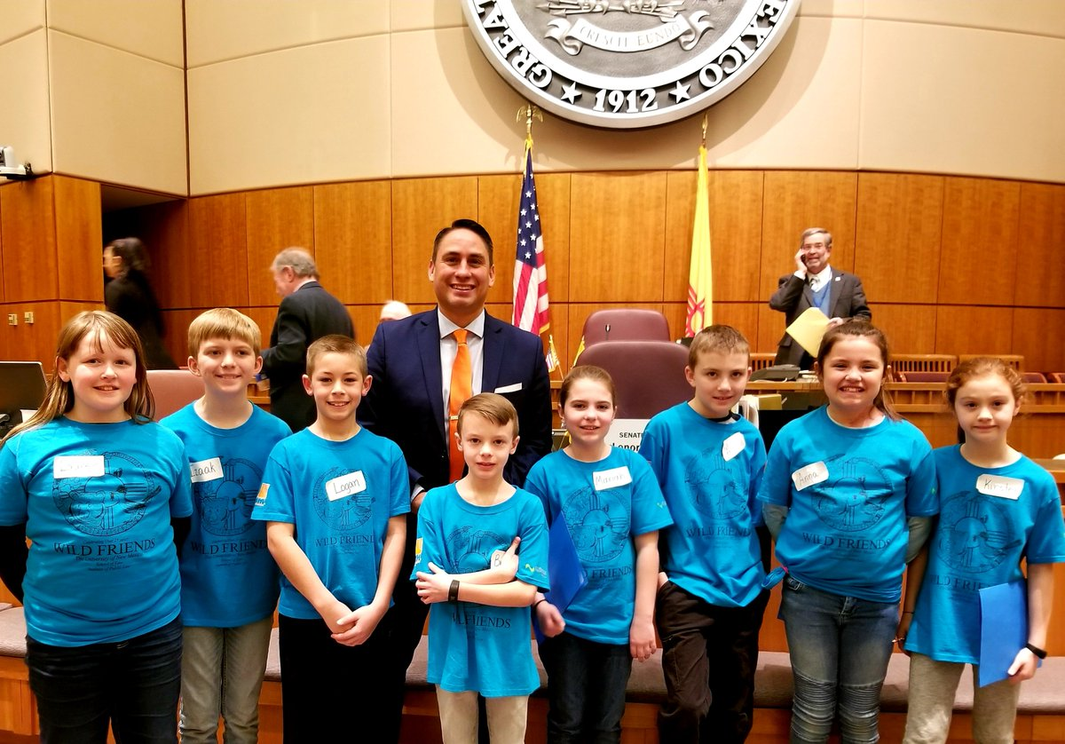 Students from Farmington w/ one of the most powerful lobby groups we have in the Roundhouse over 25 years: @WildFriendsNM at @UNM_Law. Learning & having fun is part of this great civics education program, in which kids across #NM work to pass good #wildlife bills. #nmleg #nmpol