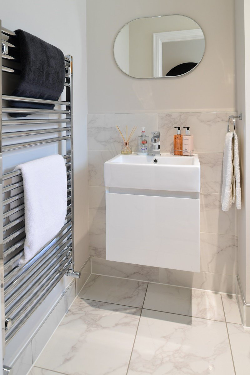 Minoli On Twitter Dreaming Of A White Marble Look Bathroom Https T Co Tbad9pxoqk Minoli Crystal White Bianco Has A Calacatta Marble Effect And Is Produced As A Floor And A Wall Tile Minoli Tiles Whitemarblelook Whitemarbleeffect