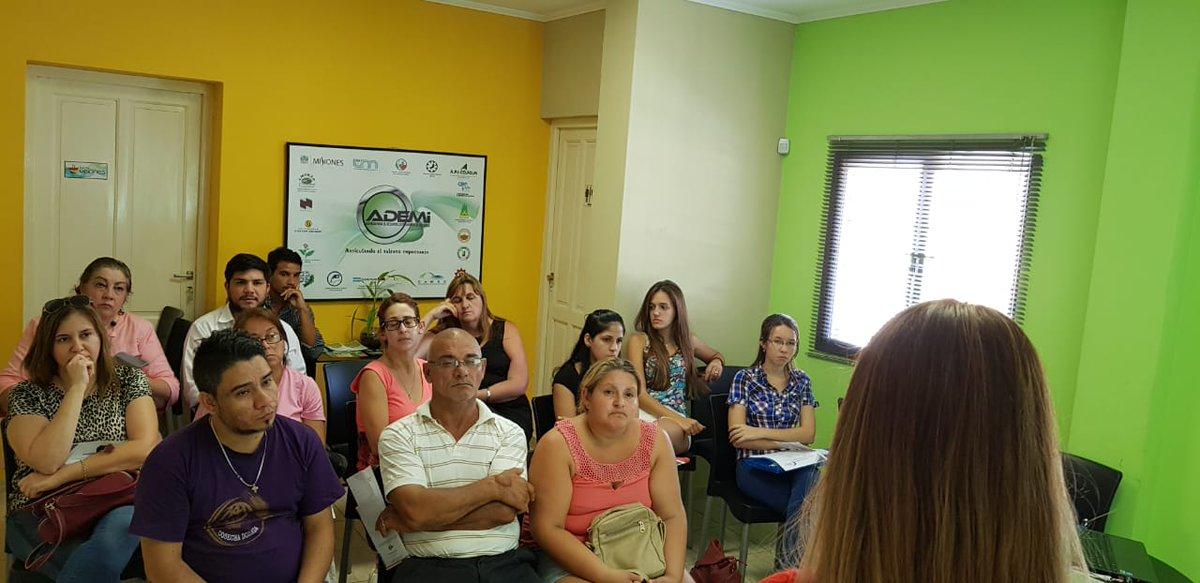 Se realizó la charla sobre los módulos y ejercicios que se proponen desde el #AulaVirtual @AgenciaADEMI para la presentación de proyectos ante el @FondoMisiones. El encuentro fue en la sede de la Institución y las próximas en el interior provincial #Aula #Emprendedores