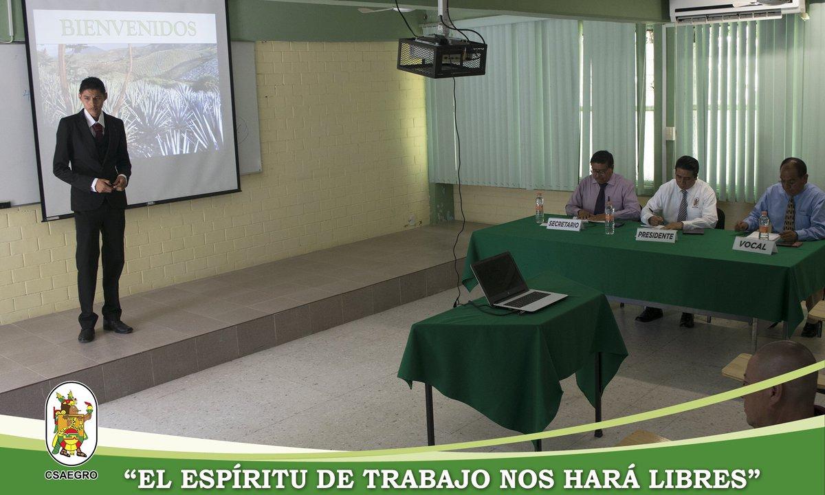 El Centro de Estudios Profesionales del CSAEGRO felicita al alumno José Marcos Paredes Castrejón, por haber aprobado satisfactoriamente su examen profesional para obtener el título de Ingeniero Agrónomo Fitotecnista. ¡Enhorabuena! #espírituCSAEGRO #CEP