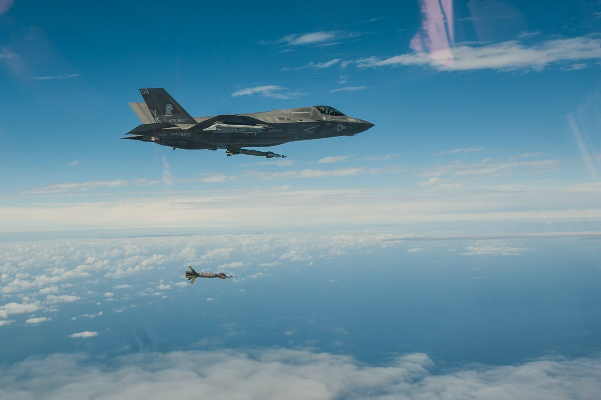 A Marine F-35B Lightning II fighter strikes with externally-mounted ordnance in the #EastChinaSea for the first time, an operational milestone that highlights the formidable and versatile capability of the #F35.  @31stMeu photo by Maj Peppers<br>http://pic.twitter.com/RTzdUBc7GH