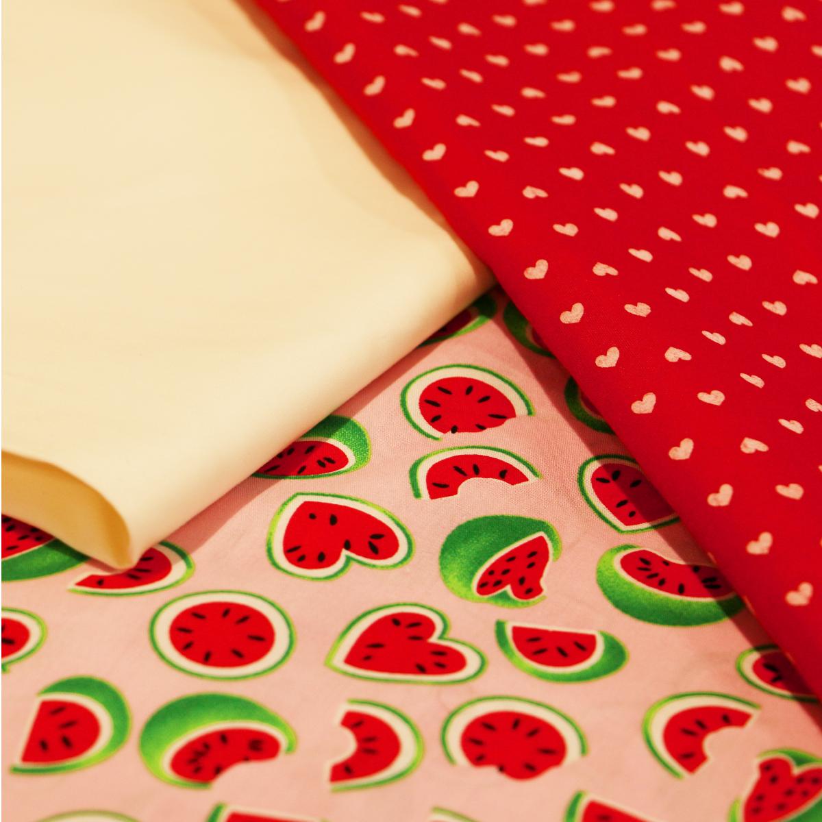 Una adorable mezcla de patrones de sandías y puntos con colores vibrantes deben ser tu próxima compra . Visita nuestra página web para conocer nuestros horarios.  #Honduras #ModaHonduras #ImaginaTodoloquePuedesCrear #Crealo #Diseñalo #Imagínalo #Crea #Imagina #Diseña