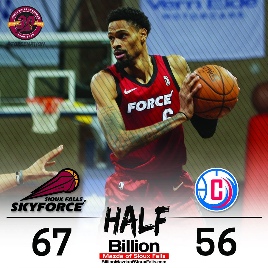 HALF | Force win the second quarter 34-27 to own an 11-point lead at intermission.   Raphiael Putney with 11 points, five rebounds and three blocks. Emanuel Terry with 13 points and four rebounds. <br>http://pic.twitter.com/ocCgG4Rhxx