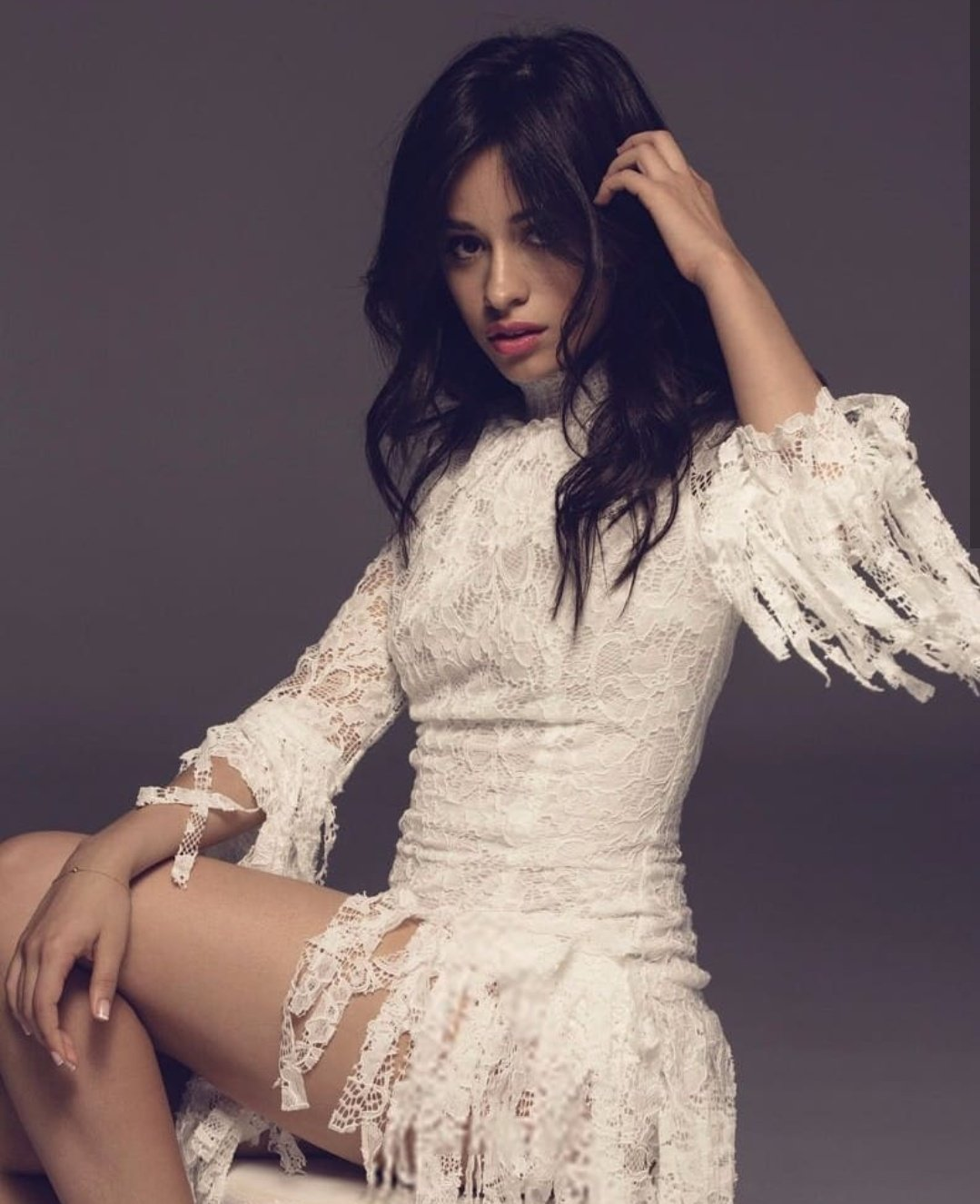Rt= voto  #Consequences #BestLyrics #iHeartAwards https://t.co/aePeNCh0T6