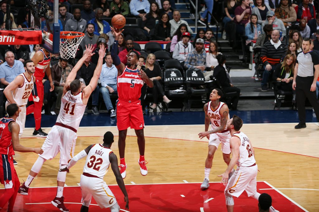 Bobby Portis had 33 points in his final game as a Bull and 30 points in his first game as a Wizard.  He's the 1st player in NBA history with back-to-back 30-point games for different franchises within a season. H/T @EliasSports