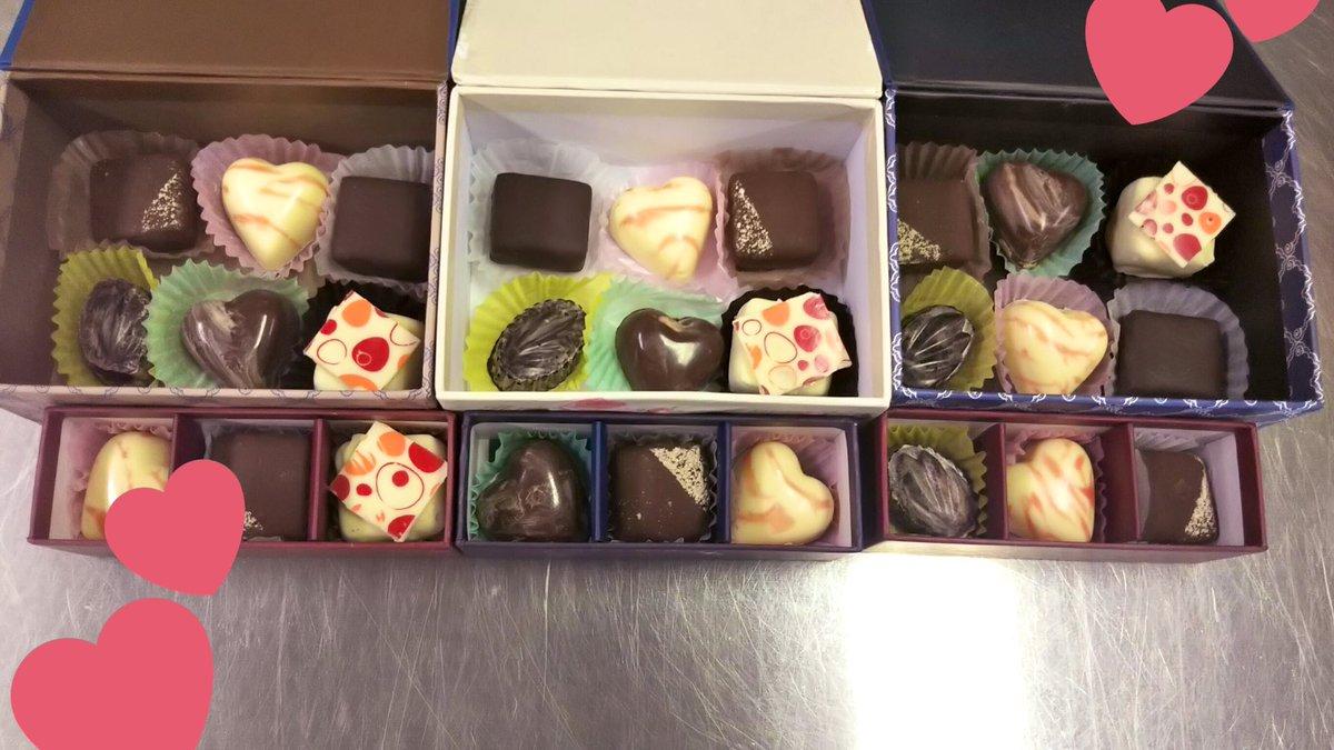 test ツイッターメディア - ちょっと早いですがtamaNeko(@chatgris_81 )と恒例になりつつあるバレンタインのチョコ作りました🍫  ラッピングは #DAISO と #Seria と #キャンドゥ です。年々可愛いものが増えてて困ります(;´д`)  #バレンタイン  #チョコレート  #手作りバレンタイン https://t.co/ddVgBGzjXT