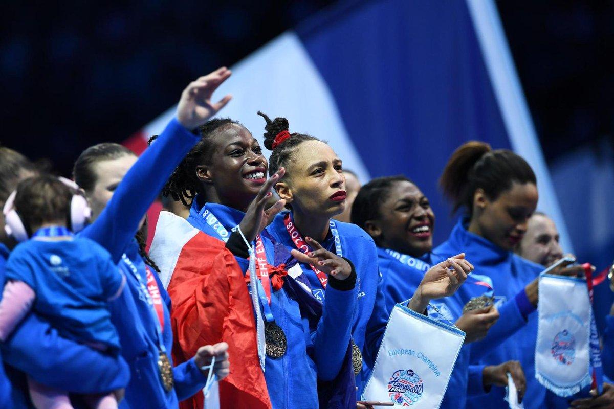 📺 FLASH - Huit Français sur dix souhaitent plus de sport féminin à la télévision ➡ http://www.lefigaro.fr/flash-actu/2019/02/09/97001-20190209FILWWW00041-les-francais-souhaitent-voir-plus-de-sport-feminin-a-la-television-sondage.php?utm_medium=Social&utm_source=Twitter#Echobox=1549710087…