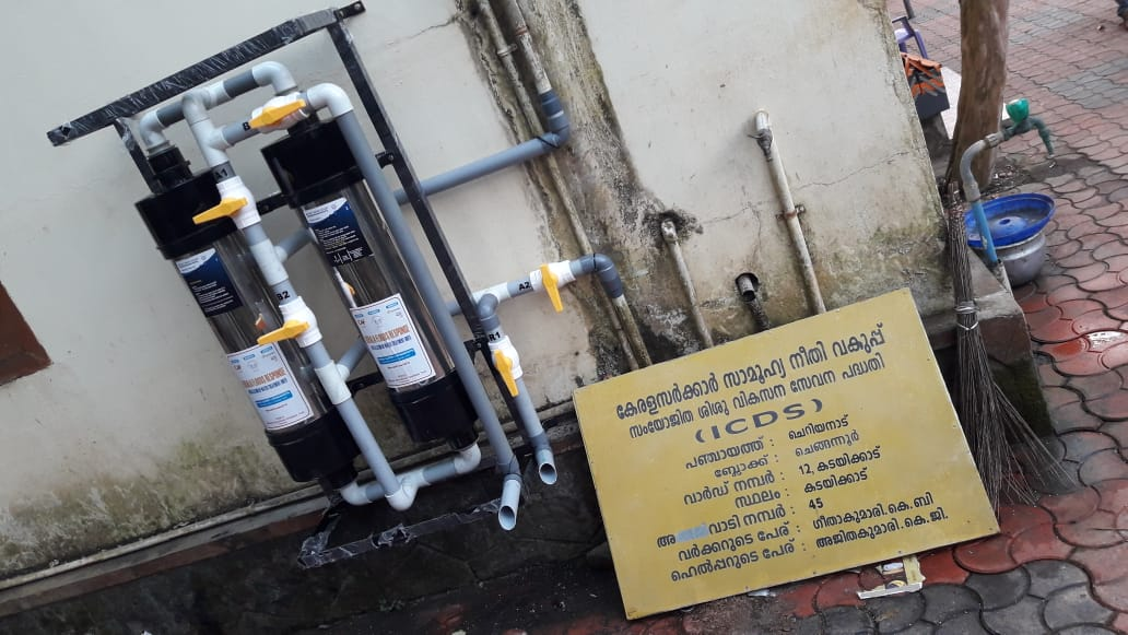 With support from @CAFIndia_tweets, #HAI has installed 16 water filters in the flood affected areas of Pathanamthitta and Alleppey districts of Kerala, where drinking water continues being a problem.