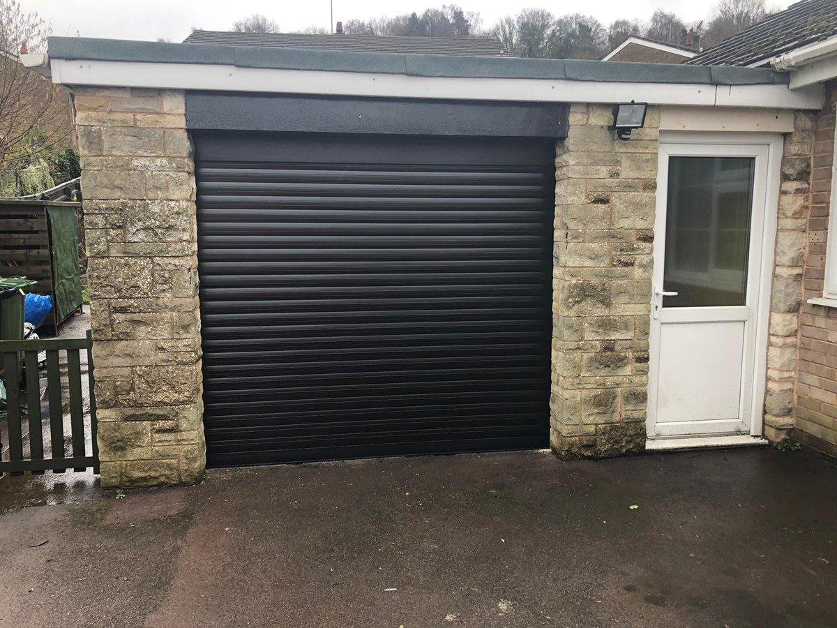 4a467f838 0800 468 1982 https://www.garolla.co.uk/roller-garage-doors … #GarageDoors  #RollerShutterGarageDoor #ElectricDoors #SecurityDoorspic.twitter .com/KQS5KC0ua8