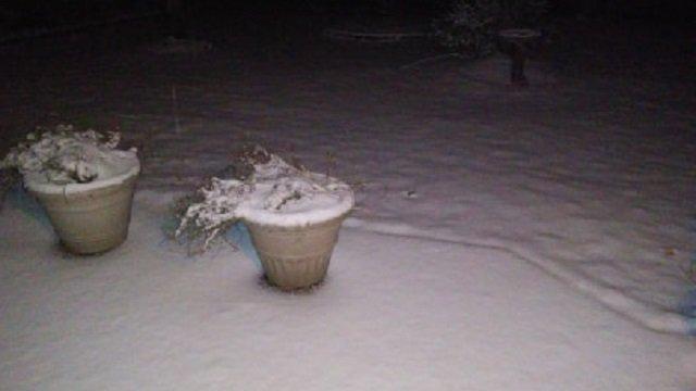 Photos: Snow blankets NW Oregon, SW Washington. Send us yours -- #koinsnow   https://t.co/vJ5ZtA2Q3Y